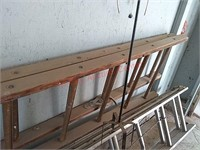 Wood extension ladder