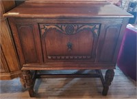 January Antique & Collectible Online-only Auction
