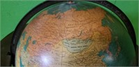 Vintage Lighted Globe on Stand Very Nice