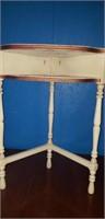 Set of 2 corner tables