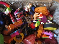 MONARCH LUGGAGE WITH KIDS MEAL TOYS