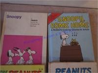 SNOOPY & PEANUTS BOOKS