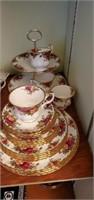 Royal Albert old country roses dish set