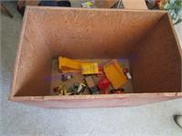TOY BOX & TOYS