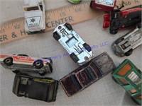 MATCH BOX & HOTWHEELS