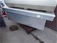 Diamond Plate Crossover Bed box