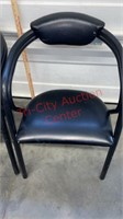 >>2 Arm Chairs