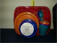 NEW lunch box & 24 pc kids dinnerware set.