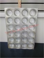 4-Aluminum 24 cup muffin pans 14 X 20 Heavy Duty