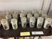 (17) Hummel Spice Jars