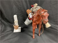 Byers' Choice Horse w/Accessories/Hitching Post