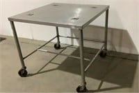 FMI Rolling Stainless Table