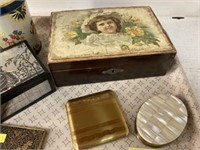 Vintage Tins & Compacts