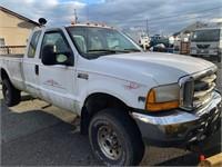 2000 Ford F350 4x4 Plow Truck