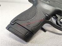 New Smith & Wesson M&P 9 Shield pistol handgun