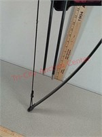 New Barnett Lil Sioux jr. Archery bow and arrow
