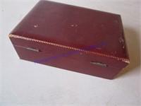 JEWELRY BOX & JEWELRY