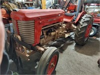 688 - Live and Online Larson Tractor Auction