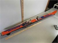 Pair of Vintage Head snow skiis