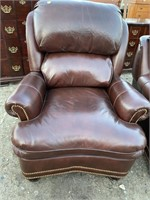 HANCOCK AND MOORE LEATHER RECLINING CHAIR