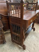 RARE ROSEWOOD VICTORIAN BUTLERS DESK
