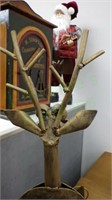 Folk art reindeer winter theme metal artwork!