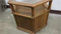 Vintage hexagonal end table with glass inlay!