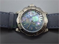 Stunning Invicta Swiss wristwatch with MOP dial!