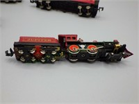 Modern Bachmann N-Scale five car train!