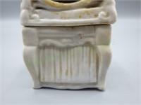 Creepy antique porcelain lidded vanity box!!