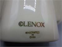 Lenox porcelain desktop picture frame!