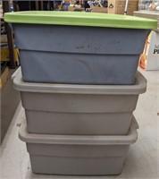 Three smaller rubbermaid roughneck storage totes