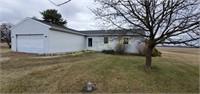 19790 Bradner Rd, Pemberville, OH  43450