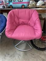"28"" across swivel pink chair"