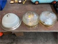 3 light fixtures