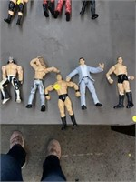 5 action figures