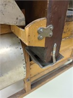 Salesman Sample Roller Mill - MUSEUM QUALITY