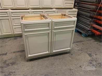 Signature Pearl Kitchen Cabinet Set Other Items For Sale In Pennsylvania 1 Listings Machinerytrader Com Page 1 Of 1