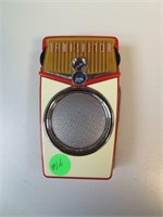 """Vintage Transistor Beach Boy Radio """"Working"""""""