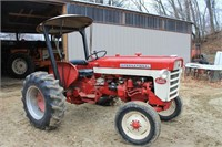 IH 240 Utility Tractor