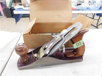 Tool and construction auction
