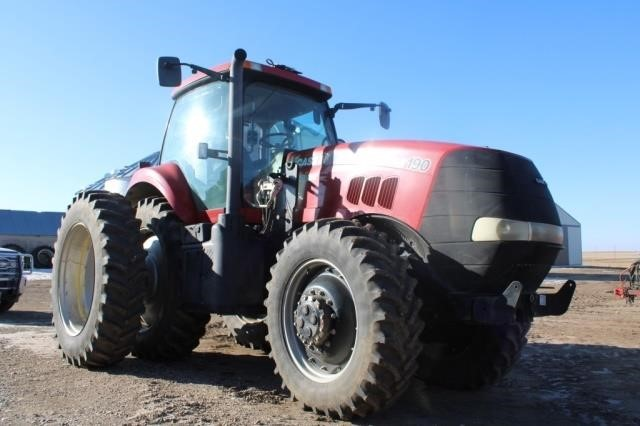 2012 CIH 190 Magnum Tractor #ZBRH08214