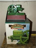 JOHN DEERE ERTEL ENGINE TOY W/BOX PLASTIC/METAL