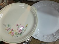 PYREX 12 CUP CARAFE, PLATTERS, JELLO MOLD, MORE