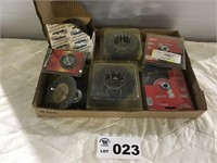 ASSORTMENT OF WIRE WHEELS BRUSHES W 5/8 ARBORS,