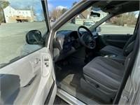 2007 Chrysler minivan