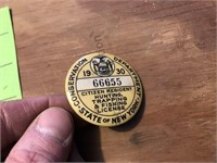 4 Vintage metal hunting license