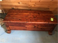 Nice Vintage cedar chest