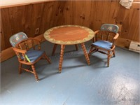 Phoenix Child's table and chair set