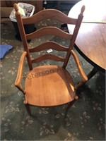Round table with 4  matching chairs